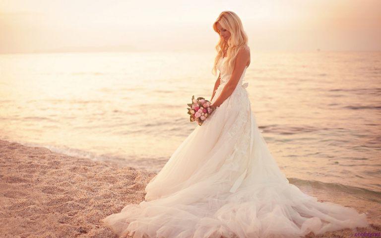 Beach-Wedding-Dresses-Pictures-HD-Wallpaper